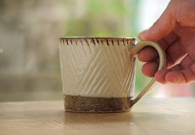 陶芸こまがた_しのぎのコーヒーカップ